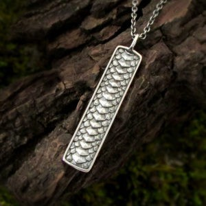 Dragon Scale Bar Necklace