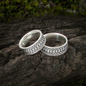 Dragon Scale Matching Couple Rings Set