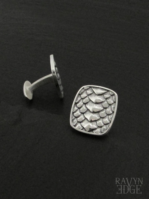Dragon scale square cufflinks in sterling silver